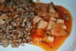Рагу из гречки с сосисками