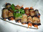 Маринованные рулетики из баклажанов с луком и морковью